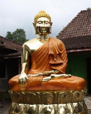 patung tembaga dan kuningan